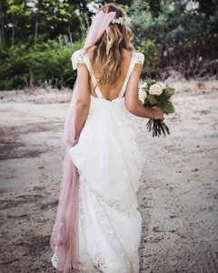 Beach Wedding Shoes; Comfortable Wedding Shoes; Wedding Destinations